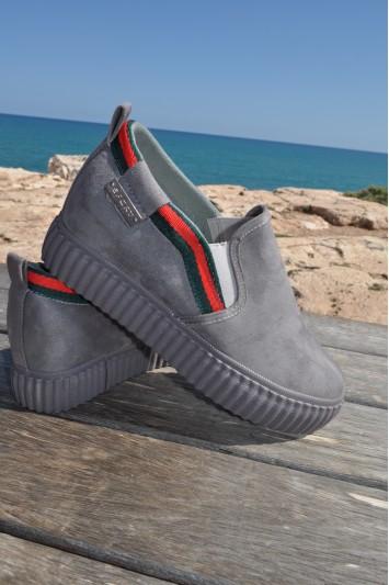 Zapato Dayna gris